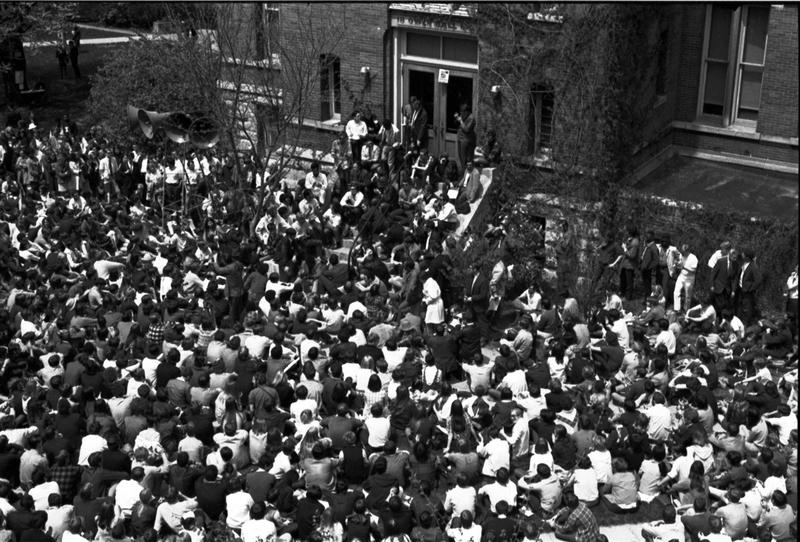 http://www.dlib.indiana.edu/omeka/archives/studentlife/archive/files/a0442bfe20a15f096ea8cad0db90119a.jpg